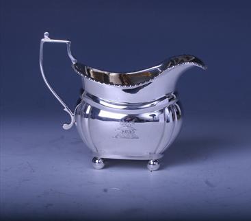 A George V sterling silver cream jug