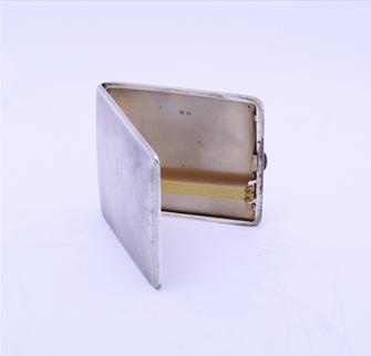 A George V sterling silver cigarette case