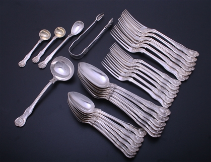 An attractive Victorian King's Husk pattern service for 6 people