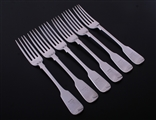 A set of six Victorian fiddle pattern sterling silver table forks