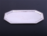 A George III sterling silver octagonal snuffer tray