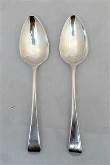Antique Pair of William IV Sterling Silver Hallmarked Old English Tea Spoons 1830