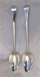 Pair Lovely George III Hallmarked Sterling Silver Old English Pattern Gravy Spoons 1801