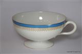Armorial Porcelain Crest Cup