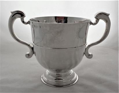 Super quality large early George I Britannia silver 2 handled cup London 1714 David Kilmaine