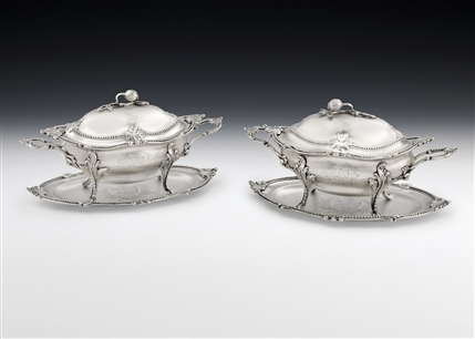An Important Pair of George Iii Sauce Tureens & Stands Made in London in 1775 by William Holmes