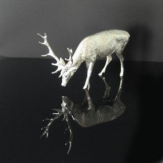 SILVER GRAZING STAG