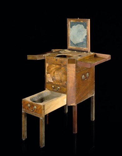 Admiral Lord Nelson's wash stand from HMS Victory (Sothebys)