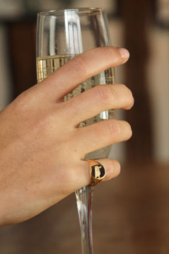 ladies/womens gold signet ring